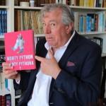 Monty Python odsłonięty ? do księgarń trafiła oficjalna autobiografia najważniejszej trupy komediowej naszych czasów