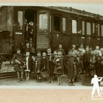 Muzeum otrzymało album z fotografiami sprzed 90 lat. Znani polscy autorzy dopisali do nich historie