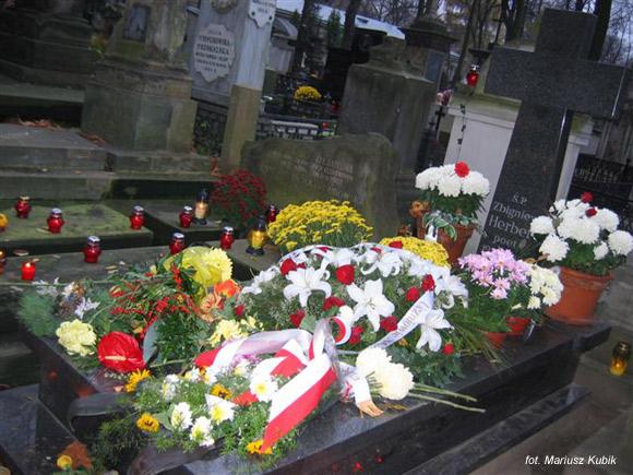 Zbigniew Herbert (Cmentarz Powązkowski, Warszawa)