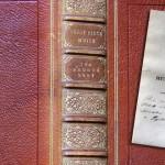 Nieznane opowiadanie i wiersz Charlotte Brontë odkryto w książce należącej niegdyś do matki pisarki