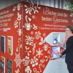 Niemcy: automat wymieni niechciane prezenty świąteczne na książki