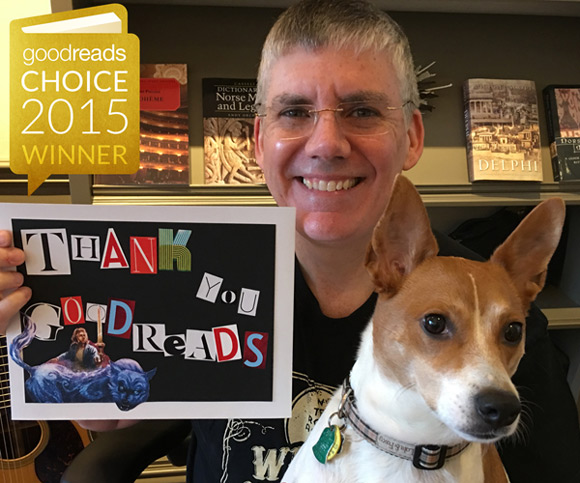 """Rick Riordan dziękuje za nagrodę w kategorii """"najlepsza książka dziecięca"""""""