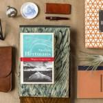 Przedmioty, które kojarzą się z książkami Marginesów. Zobacz galerię zdjęć
