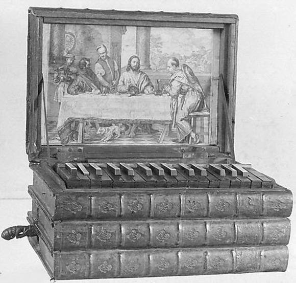 Przenośne organy w formie stosiku książek. Mogły być używane przez wędrownego duchownego podczas procesji religijnych i w trakcie gościnnych wizyt w klasztorach, które nie mogły sobie pozwolić na stacjonarny instrument.