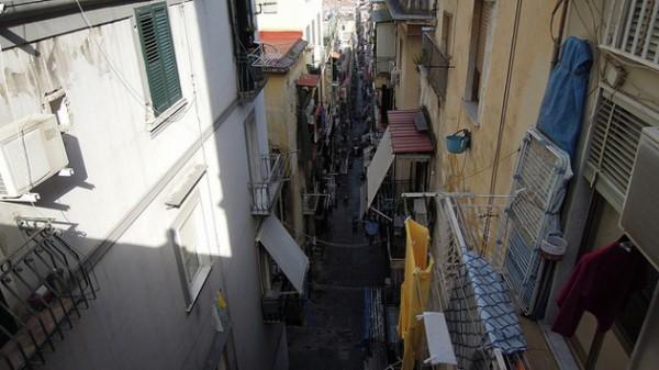neapol-ferrante-turystyka