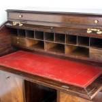 Nikt nie chce kupić biurka Saula Bellowa?
