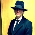"""Gaiman pisze na prośbę Pratchetta scenariusz miniserialu na podstawie """"Dobrego omenu"""""""