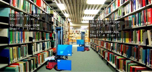 robot-bibliotekarz-porzadek-na-polkach