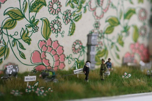 diorama-100-lat-samotnosci-blisko