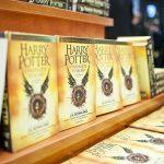 """Tłumy na nocnej premierze 8. części Harry?ego Pottera. Specjalne wydanie """"Proroka Codziennego"""""""
