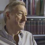 Julian Barnes krytycznie o włączeniu pisarzy amerykańskich w rywalizację o Nagrodę Bookera