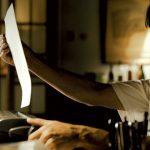 """Kim był Paulo Coehlo, zanim stał się pisarzem? Film biograficzny o autorze """"Alchemika"""" w kinach od 25 listopada"""