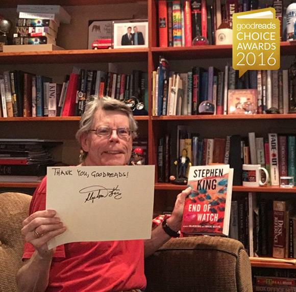 """Stephen King dziękuje za nagrodę w kategorii """"kryminał/thriller""""."""