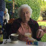 Matka Kena Keseya skończyła 100 lat