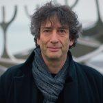 """Neil Gaiman napisze kontynuację """"Amerykańskich bogów"""", ale musicie uzbroić się w cierpliwość"""