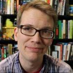 Brat Johna Greena zadebiutuje jako powieściopisarz