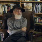 Dysk Terry'ego Pratchetta z 10 nieukończonymi powieściami został rozjechany walcem