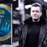 """""""Różaniec"""" – pierwsza od 9 lat powieść dla dorosłych Rafała Kosika już w księgarniach! Przeczytaj premierowy fragment"""
