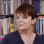 Karolina Korwin-Piotrowska pokazała swój regał z książkami