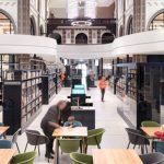 Holandia: nieczynny kościół przekształcono w bibliotekę