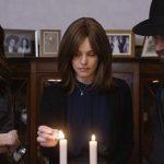 """Rachel Weisz w roli kobiety, która złamała zasady. Premiera filmu """"Nieposłuszne"""" na podstawie powieści Naomi Alderman już 3 sierpnia"""