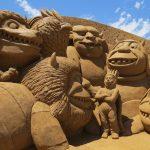 Rzeźby z piasku inspirowane literackimi motywami