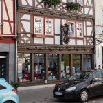 Niemiecka księgarnia ratuje się przed spadającymi przychodami, sprzedając regionalne pieczywo, kiełbasy i inne produkty spożywcze