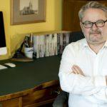 Biurka polskich pisarzy: Ryszard Ćwirlej