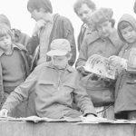 Dawnych kiermaszów książkowych czar. Tak handlowano książkami w PRL