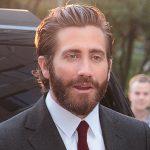 """Jake Gyllenhaal wyprodukuje ekranizację komiksu """"Fun Home"""" Alison Bechdel. Aktor wystąpi też w jednej z głównych ról"""