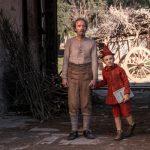 """Twórca """"Pentameronu"""" nakręcił nową ekranizację """"Pinokia"""" z Robertem Benignim. Premiera w kinach już w piątek"""