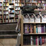 """""""Czuły narrator"""" Olgi Tokarczuk najlepiej sprzedającą się książką listopada"""