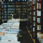 Wzrost czytelnictwa podczas pandemii i książkowe prezenty na święta ratunkiem dla księgarń. Długi księgarzy zaczynają maleć