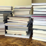 Obfitość debiutów prozatorskich w Polsce. Do Nagrody Gombrowicza 2021 zgłoszono 100 książek
