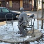 Pomnik Jana Himilsbacha w Mińsku Mazowieckim zniszczony przez 16-latka